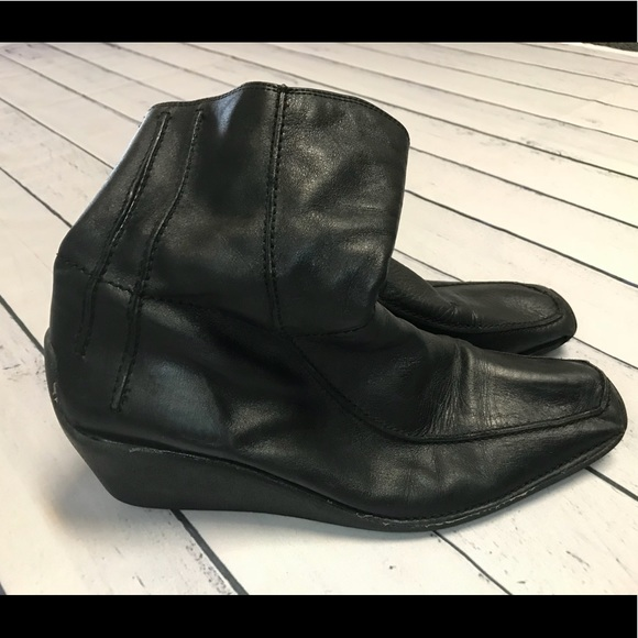 Clarks Shoes - Clark's Black Wedge Boots